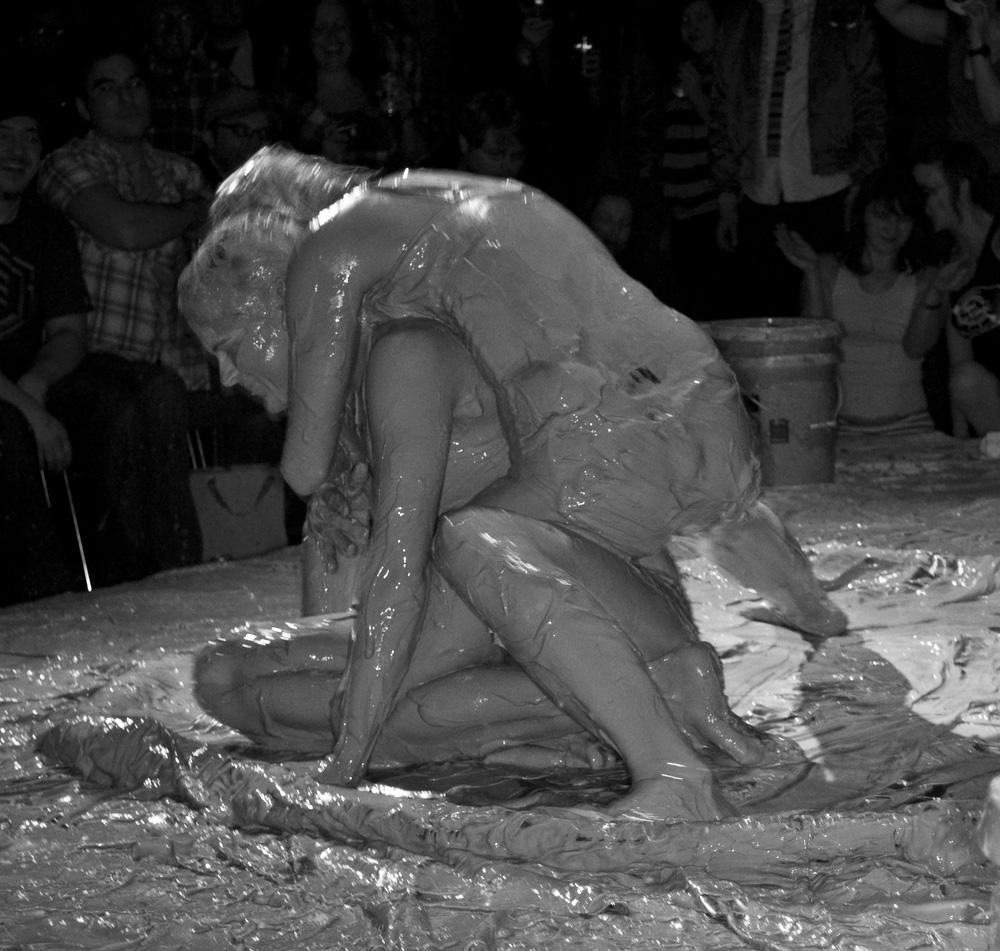Mud Wrestle Gay 39