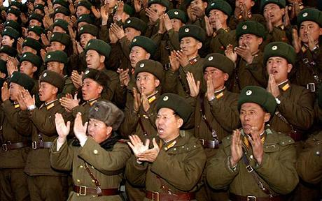 north-koreans-clapping.jpg
