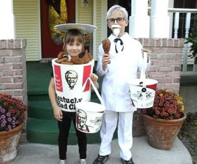 funny halloween costume four - Funniest Halloween Pictures