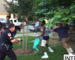 mckinney cop points gun