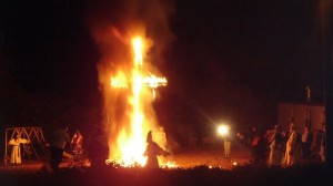 kkk cross burning nov 2013
