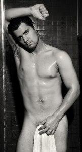 levi-johnston-shower-cover-up-playgirl