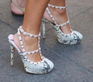 palin-snake-skin-shoes