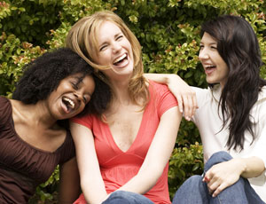 ladies-laughing-three