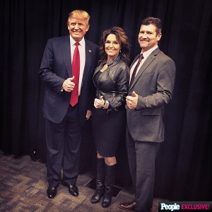 palin-trump-todd-iowa