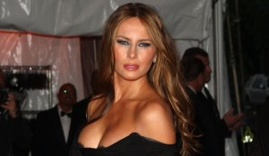 melania-trump-boob-dress-black